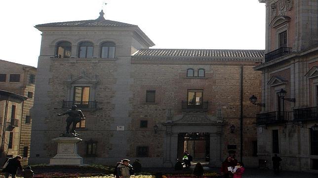 Casa de los Cisneros