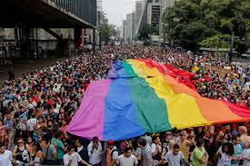 celebración por el día adel orgullo gey - muy lejos